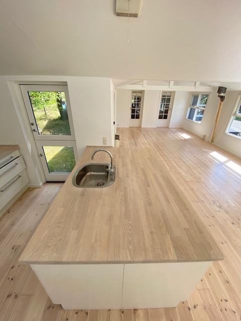 Køkkenbordplade efter afslibning