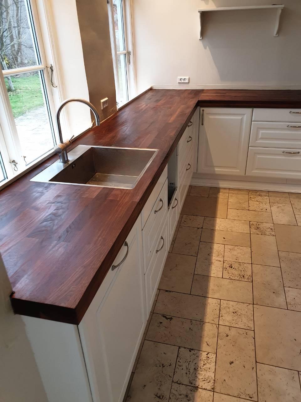 Køkken bordplade før afslibning